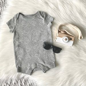 (🌷4/$20🌷) cute cloud baby summer romper onesie